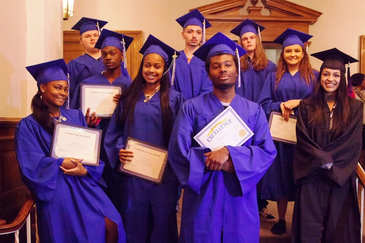Brighter Graduation group 2017-1